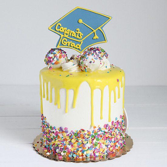 Graduation Cakes Drip Cake